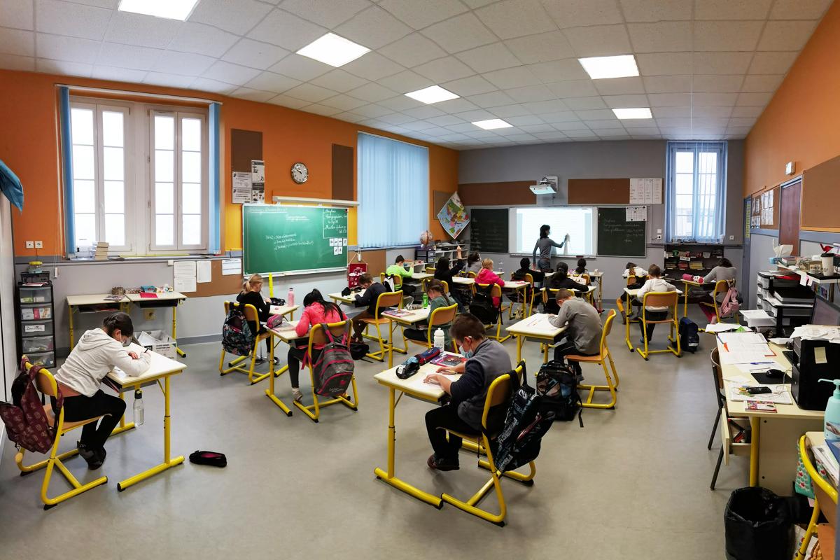 Ecole Verrieres De Joux 1